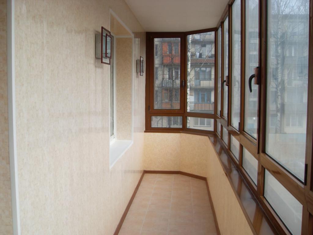 Делаем правильный выбор остекления для лоджий и балконов