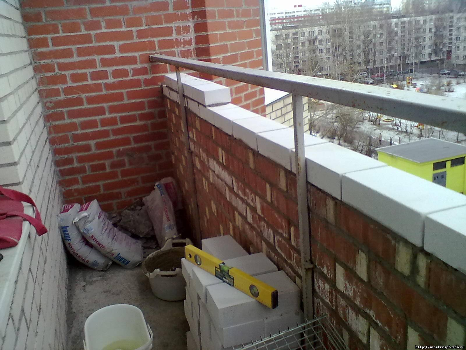 Балкон из кирпича фото.