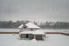 Строительство при снегопаде