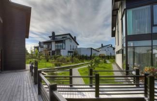 Дом по индивидуальному проекту в стиле кантри