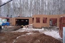 Строительство первого этажа завершено