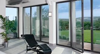 Алюминиевые окна в коттедже