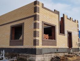 Процесс возведение двухэтажного коттеджа