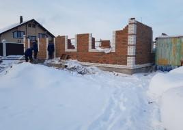 Процесс строительства магазина из газобетона с плоской кровлей